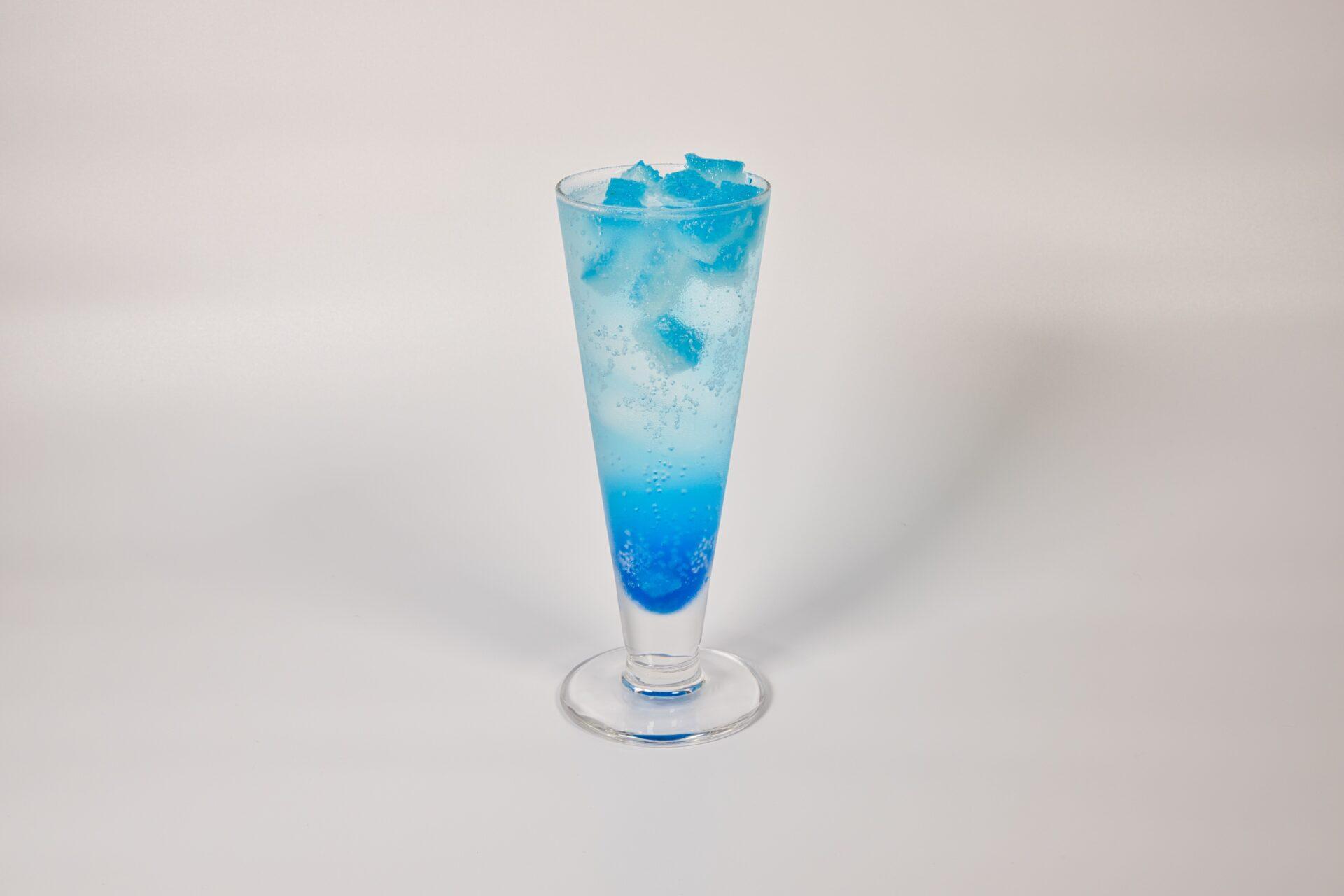 琥珀糖ブルーソーダ